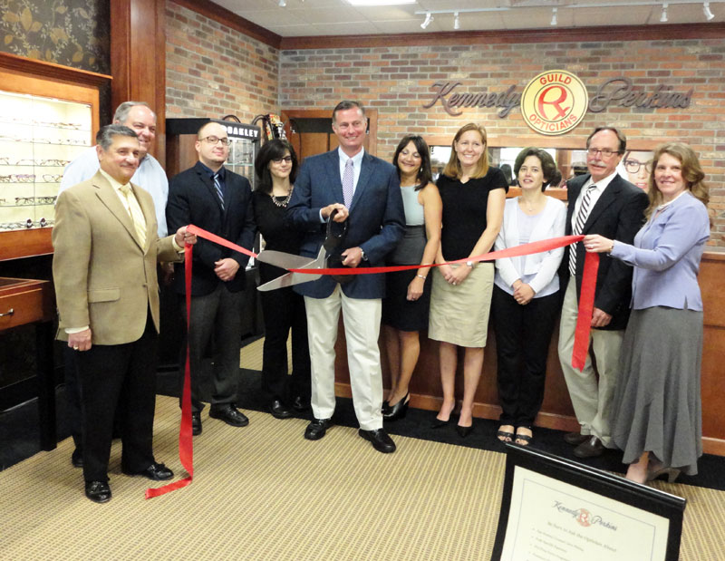 Guilford_RibbonCutting_2b